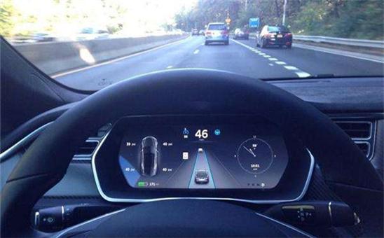 谷歌决定放弃自动驾驶汽车人为介入功能