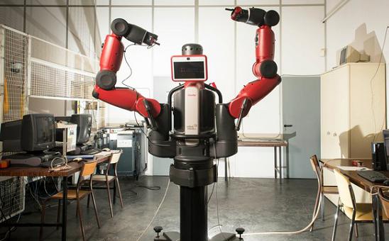 机器人,在面临严重安全问题